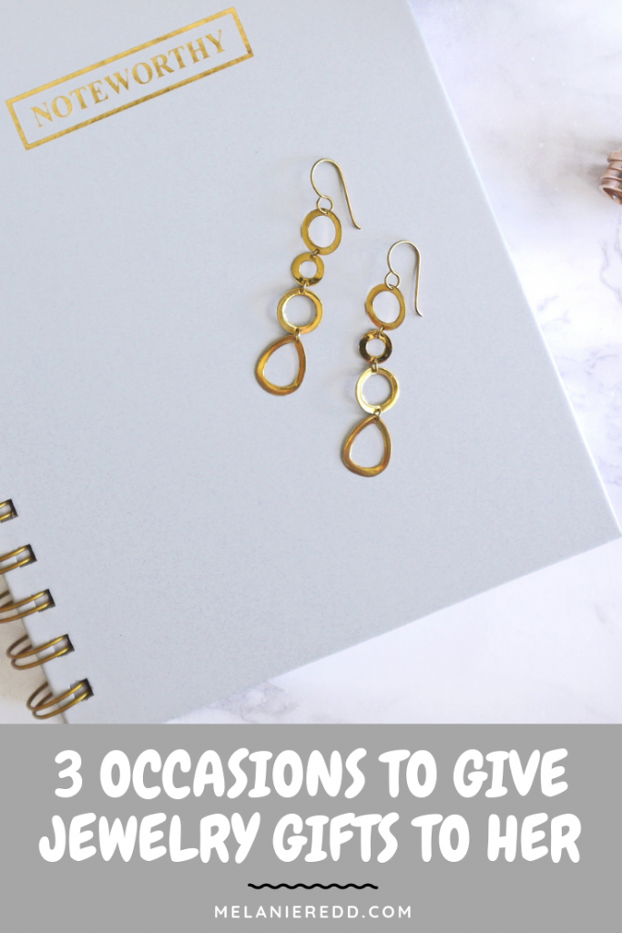 A nice piece of jewelry given at the right time can be a powerful act of love. Discover three occasions to give jewelry gifts to her - the woman you love.